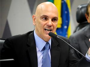 alexandre moraes21 - STF cassa decisão de juiz que proibia blogueiro de criticar prefeito - minuto barra